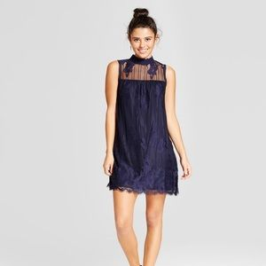 NWT Lace Mockneck Shift Dress - Xhilaration